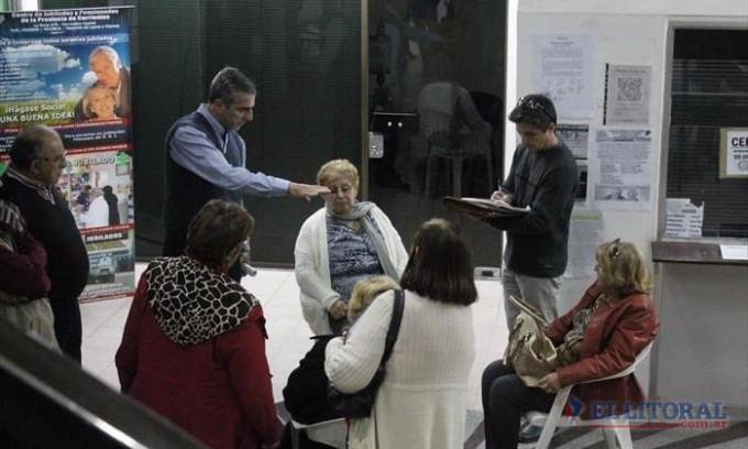 Tironeo con trasfondo político en el Centro de Jubilados puso fin a la gestión Zambrano