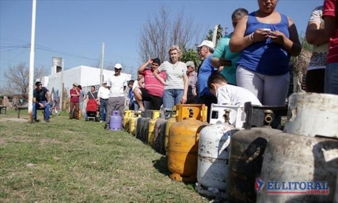 El gas en garrafa a domicilio volvió a subir y ahora se unificó en los $170