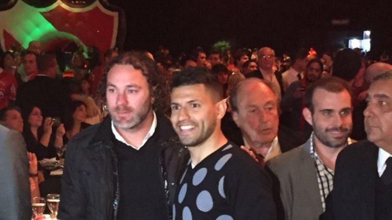 Con Agüero y Milito presentes, Independiente tuvo su cena de gala