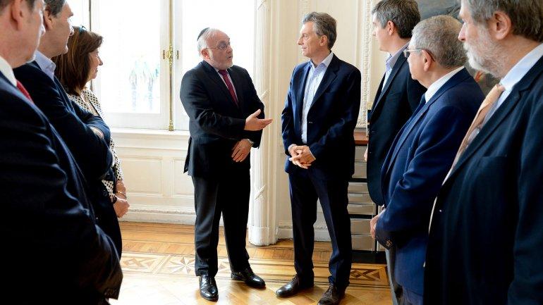 El presidente Mauricio Macri se comprometió a avanzar con las causas AMIA y Nisman