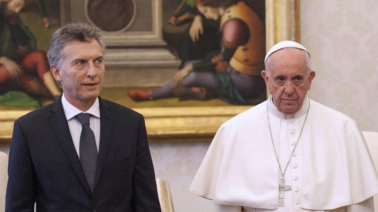 Macri busca una visita del Papa al país para mejorar su relación con la Iglesia