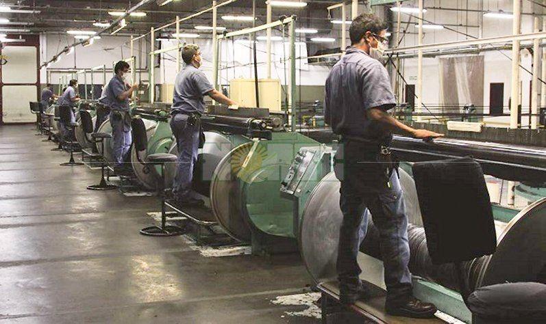 Suspenden actividad en fábrica textil de Bella Vista por la caída de las ventas
