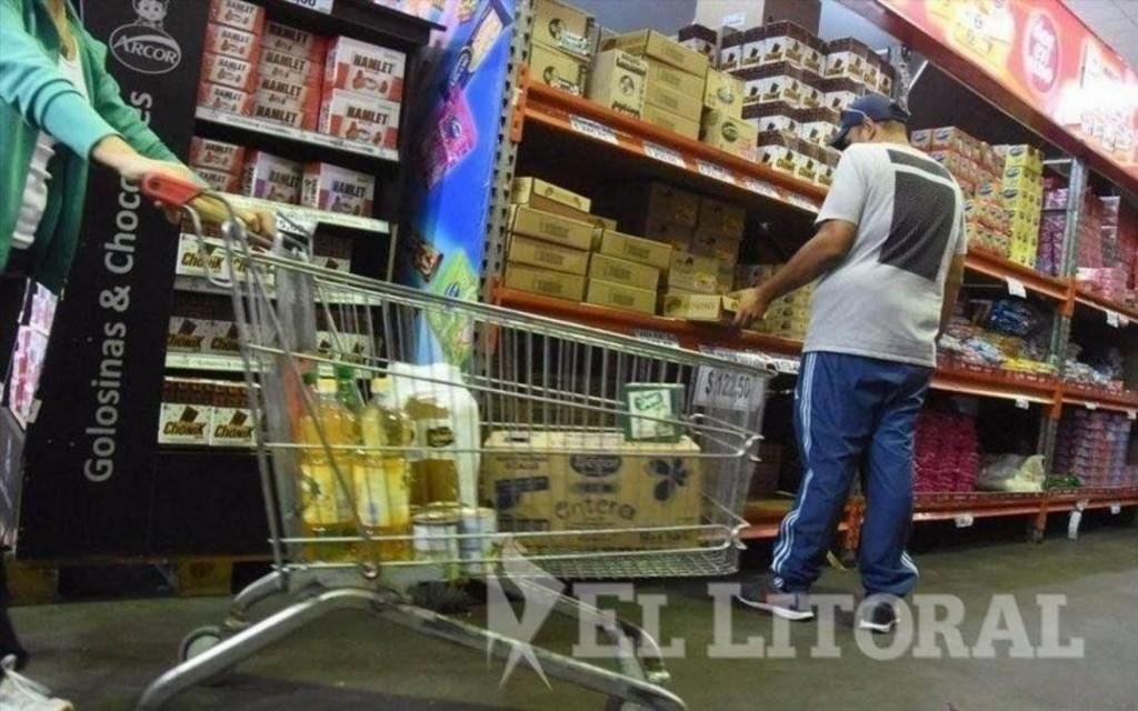 En los supermercados las ventas siguen bajas y todavía no llegaron los aumentos