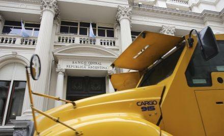 """Finanzas colocó bonos por $73.250 M y celebró el """"voto de confianza"""""""