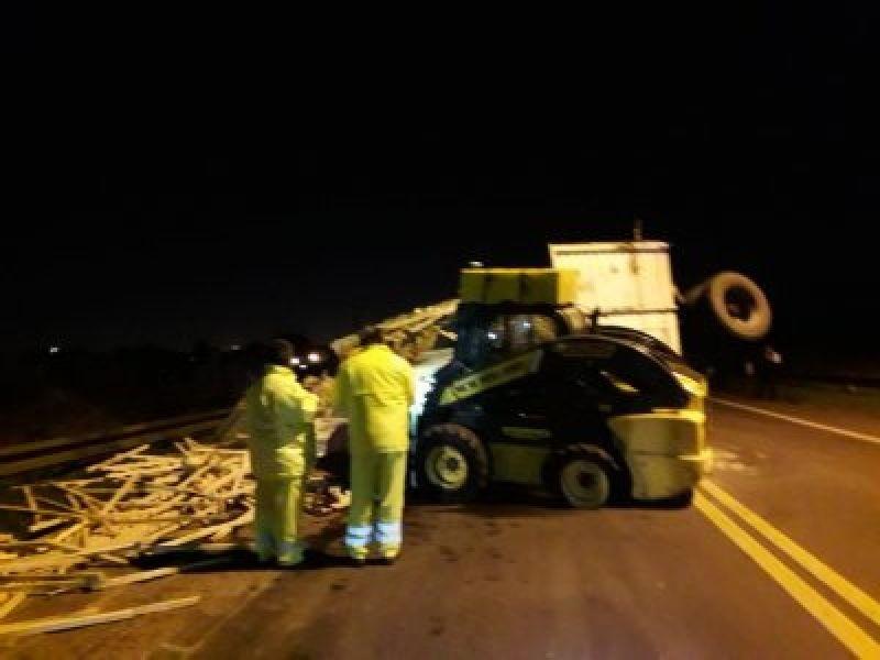 El choque en el Puente dejó heridos leves pero una gran complicación en el tránsito correntino