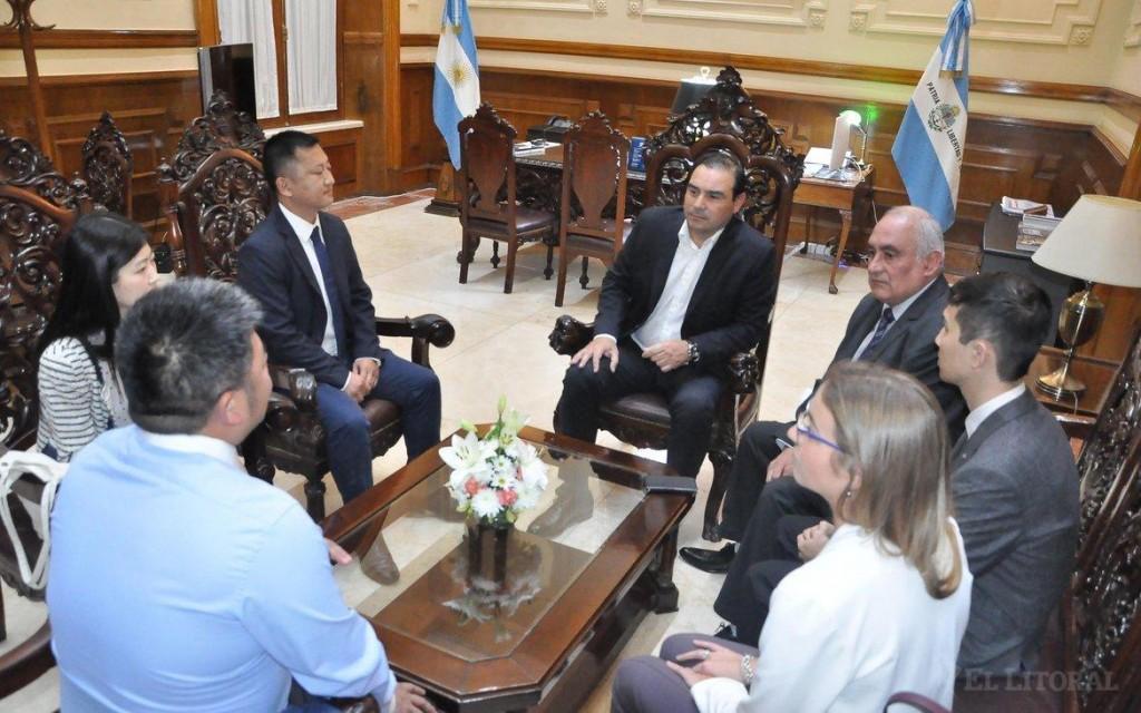 Resultado de imagen para Una empresa de China, interesada en construir puertos en Corrientes
