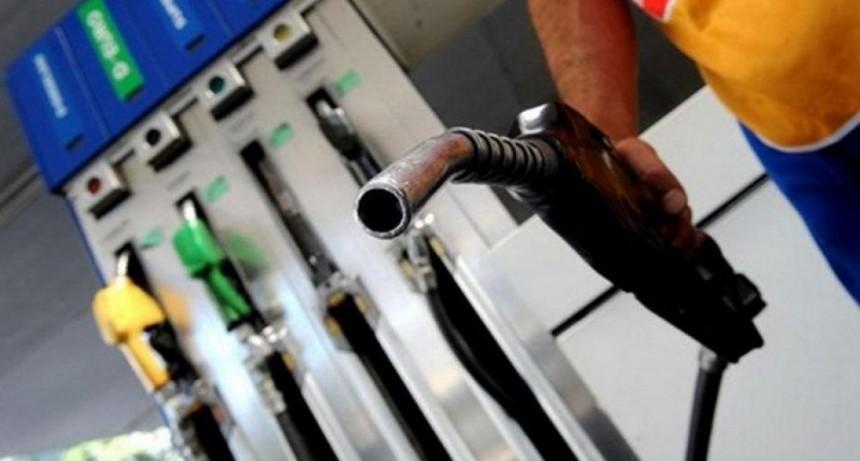Pese a postergación del impuesto, las naftas subirían entre 4 y 5%