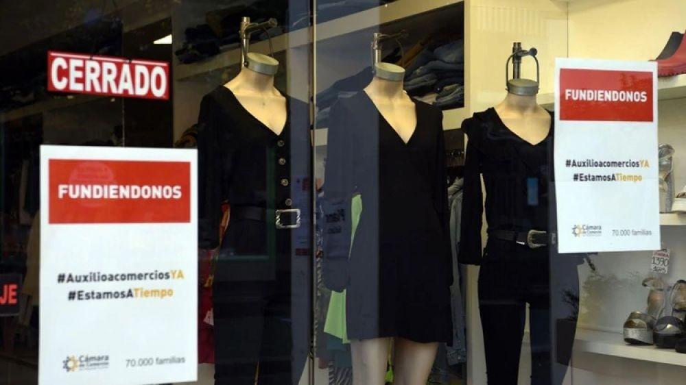 Crisis: unos 800.000 empleados de Comercio serán suspendidos y recibirán el 75% de sus salarios