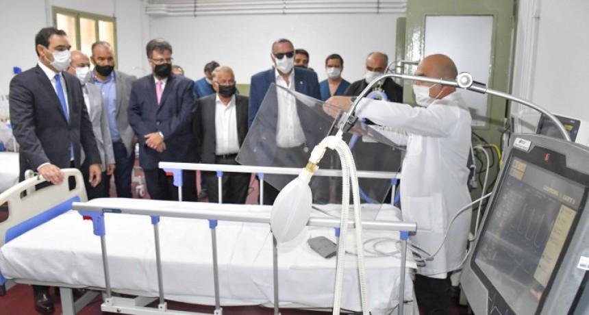Valdés inauguró hospital en Corrientes para tratar el Covid-19: