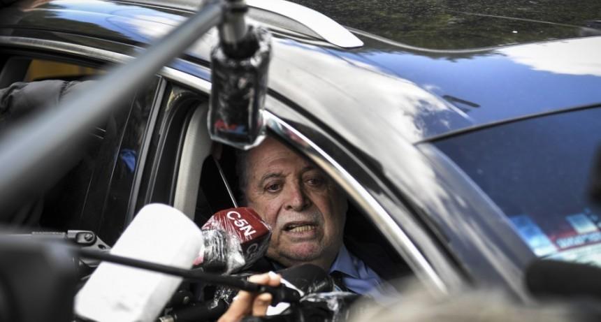 Ginés confirma que analizan frenar la reapertura, tras récord de muertes en las últimas 24 horas