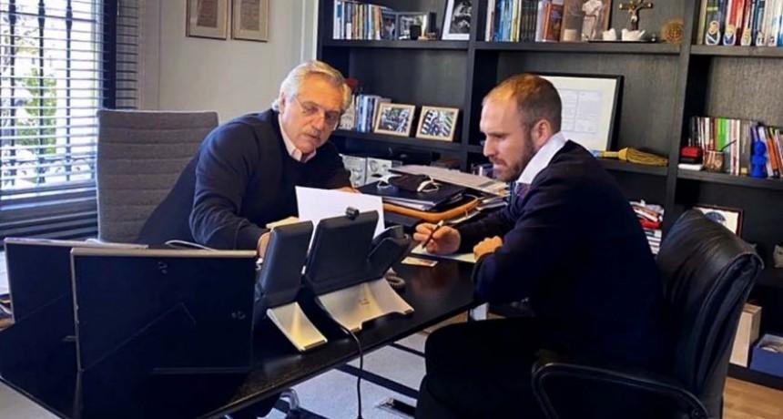 Alberto Fernández analiza con parte de su gabinete las contraofertas de los bonistas