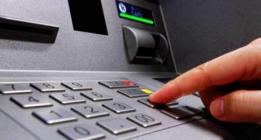 El 22 de mayo arranca el pago de sueldos para empleados estatales