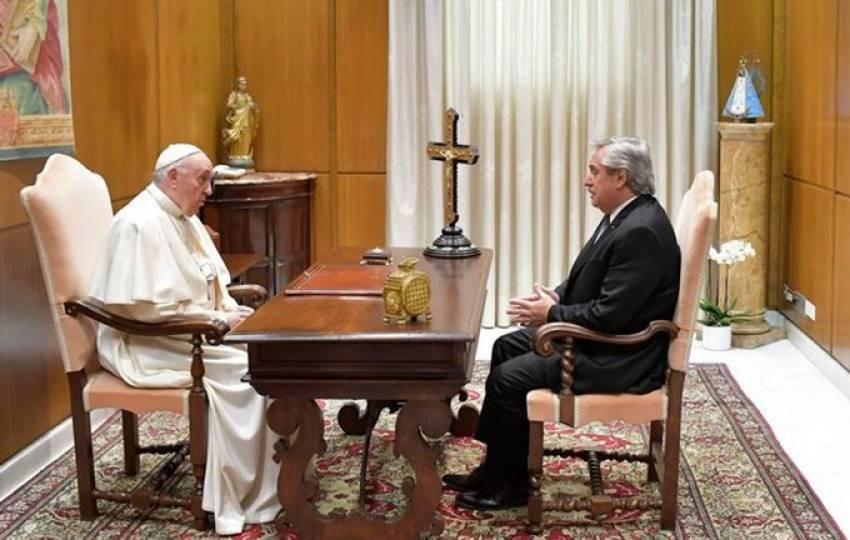 Alberto Fernández se reunió a solas con el papa Francisco en el Vaticano
