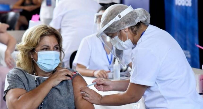 Nuevos turnos para docentes, pacientes oncológicos, insulinodependientes y mayores de 55 años