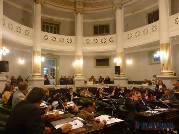 Diputados insta a Colombi a iniciar acciones legales contra Transnea por crisis energética