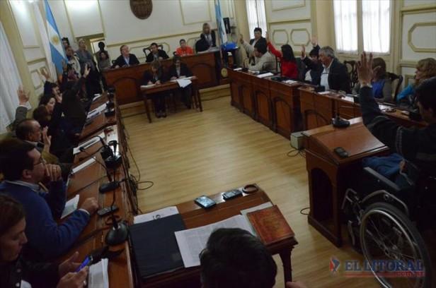 Con voto del FPV se avaló el inicio del juicio político a Merlo