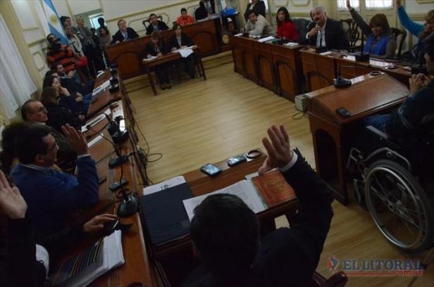 La sala acusadora elegirá una comisión investigadora