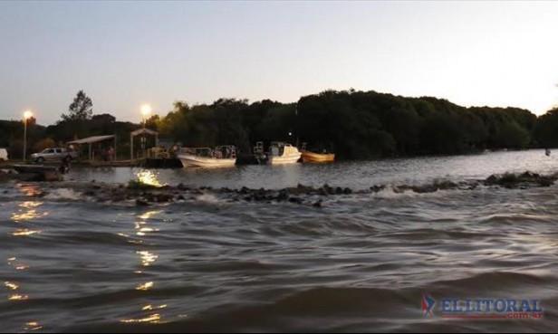 Siguen las evacuaciones en Apipé e islas de Ituzaingó: hoy llegaría el pico máximo