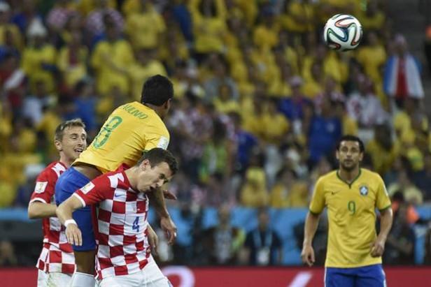 Copa del Mundo: envuelto en dudas, Brasil le ganó a Croacia en el partido inaugural