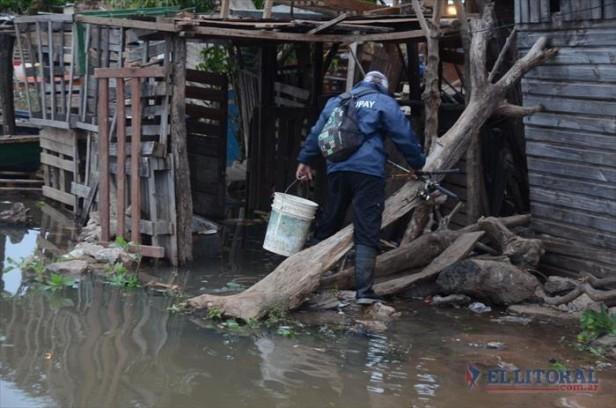 Aunque el río no llegue al nivel pronosticado la asistencia continuará en barrios ribereños