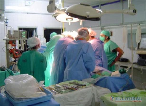 Fallo judicial ordena la cobertura de una compleja cirugía a seguro de salud