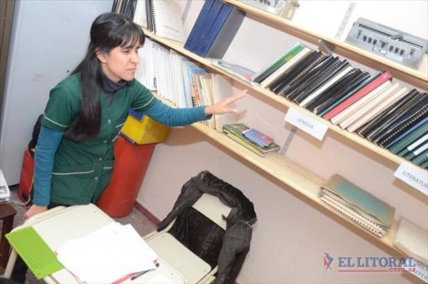 María Isabel será la primera bibliotecaria disminuida visual y auditiva recibida en Corrientes
