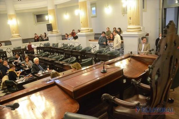 Senado: sin números para el reemplazo de Fleitas, el oficialismo hizo caer la sesión