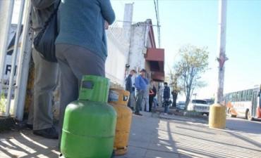 Asesorarán a municipios para registrarse y vender gas
