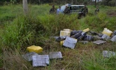 Narcos abandonaron más de 777 kilos de marihuana en Gobernador Virasoro