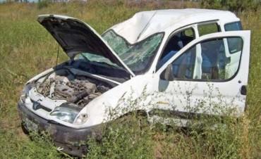 Mañana fatal en Ruta 12: choque frontal entre un camión y camioneta dejó un muerto