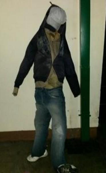Ingenio delictivo: utilizaban un muñeco como señuelo para robar en calles oscuras