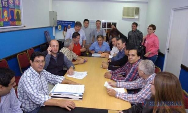 Sigue Massa y tendrá una alianza local; ECO se dividió y el FPV sumó a 19 partidos