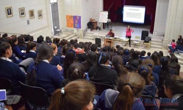 Bullying, una problemática abordada desde talleres con los propios alumnos del Nacional