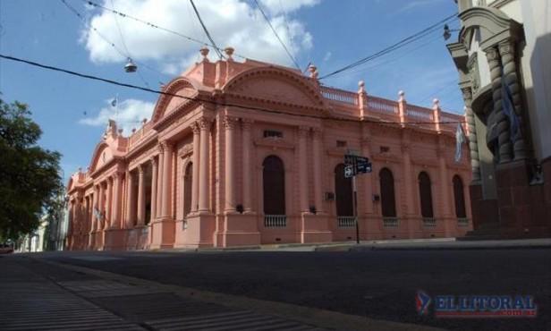 Por ministros candidatos, habrá recambio obligado en el gabinete de Colombi