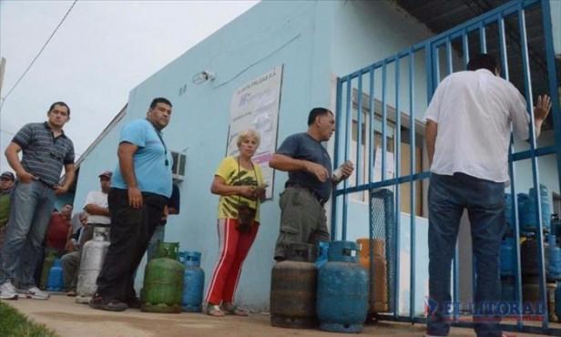 Gas: sigue el paro y no hay venta de garrafas ni en las distribuidoras