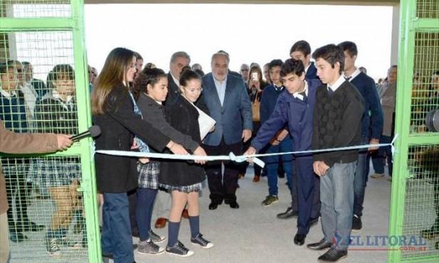 El Gobernador anunció la llega del gas natural a la zona del Paiubre