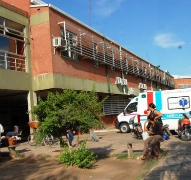 Niños gravemente lesionados iban en moto
