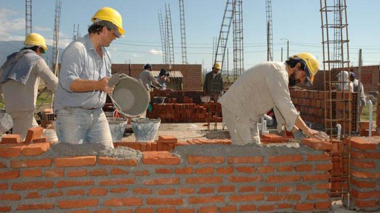La construcción tuvo en abril la peor parálisis en 14 años