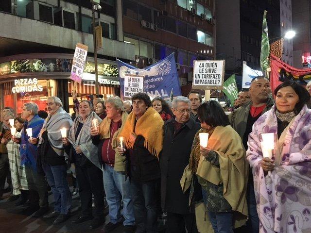Marcha de frazadas contra el tarifazo a los servicios