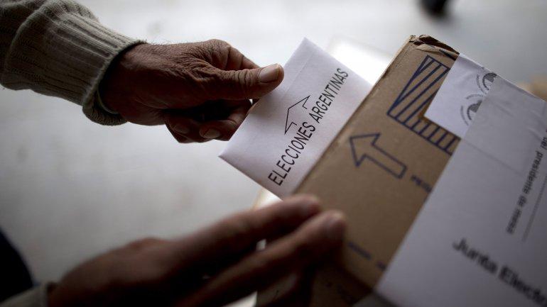Sin apoyo, el Gobierno desiste de quitar el carácter obligatorio de las primarias