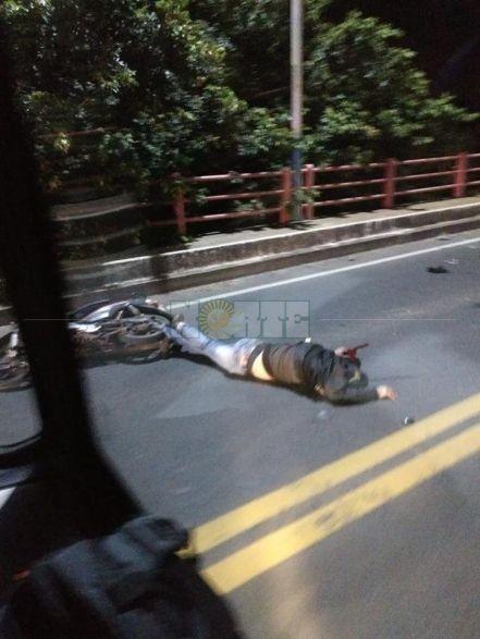 Siniestros fatales en el Puente y en avenidas de la ciudad en el amanecer del lunes