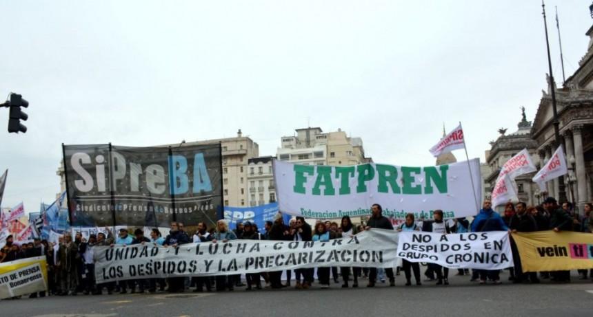 FATPREN Marcha Contra el cierre de medios y por la pluralidad de voces.