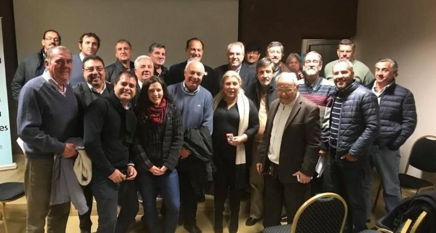 Elisa Carrió se reunió con empresarios correntinos, habló de economía y de su rol en Cambiemos