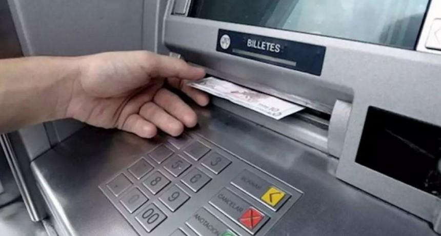 IFE-Anses: ¿Cómo retirar los $10.000 del cajero sin tarjeta?