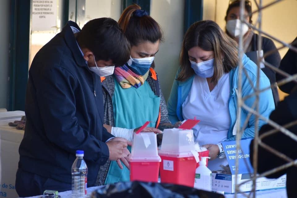 Covid-19: informaron 14 muertes y 787 nuevos casos