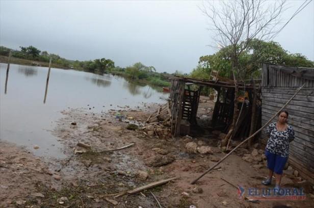Nación anunció una ayuda para los evacuados que alcanzará a más de 3 mil correntinos