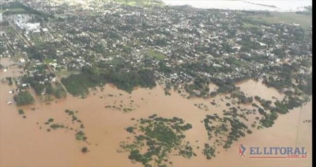 En la zona más crítica de la creciente, hay más de 2.300 vecinos evacuados