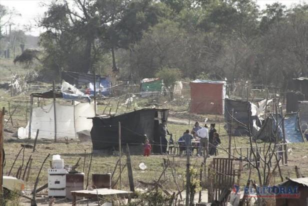 A dos años de la toma, en el Pirayuí hay unas 600 familias okupas olvidadas