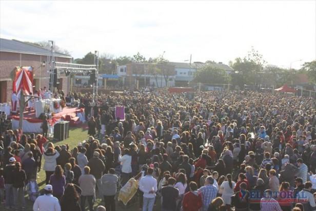 Una multitud honró al patrono de los enfermos en el complejo Laguna Seca