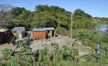 Luego de unos días de tregua el Paraná sigue creciendo y roza el nivel de alerta